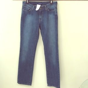🌿Boston Proper Straight Leg Jeans NEW